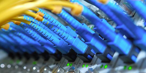 02-rete-fibra-ottica